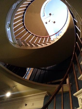 Darrow, LA: Spiral staircase