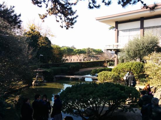 Ponticello sul laghetto foto di giardino giapponese for Laghetto giapponese