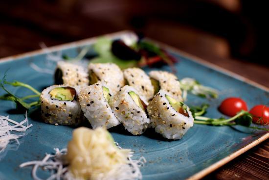Asian Dining U0026 Sushi Lounge Restaurant ZEN Am Kuu0027damm In Berlin