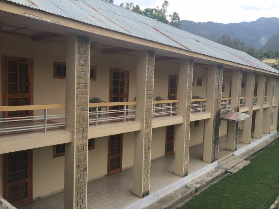 The UHL - HPTDC: side view of New building