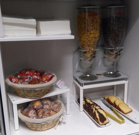 desayuno picture of adonis bayonne hotel lahonce tripadvisor rh tripadvisor co za