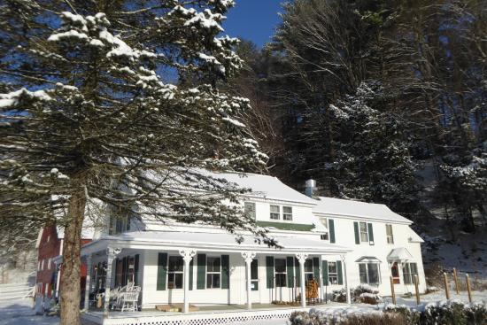 Brookline, VT: West River Inn