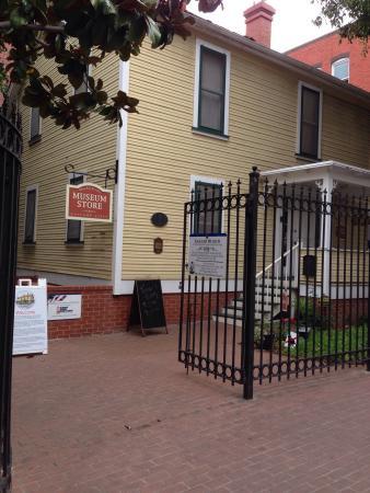 Gaslamp Museum at the Davis-Horton House: photo1.jpg