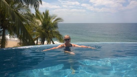 Bungalows Lydia: Infinity pool