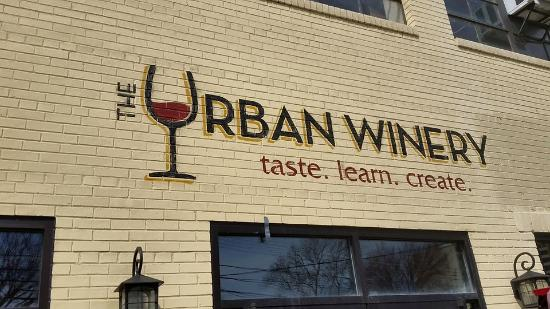 ‪The Urban Winery‬