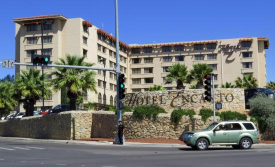 Hotel Encanto De Las Cruces The Is Located At A Busy Intersection And Near