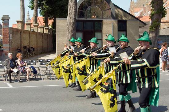 Veurne, België: Eerste groep : bazuinblazers (ik 3 de van links)