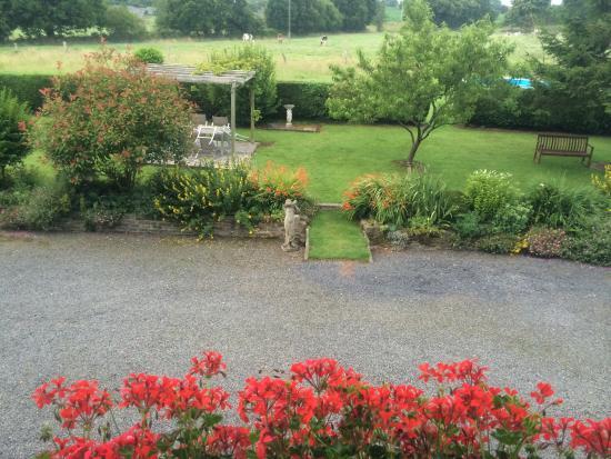 La Crepelliere: Garden view