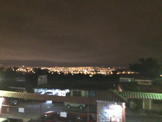 Aserri, Costa Rica: Vista desde el balcón del restaurante