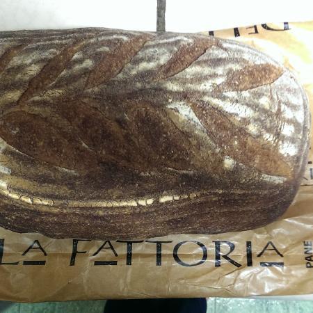 Della Fattoria Downtown: Wonderful rye bread from Della Fattoria.