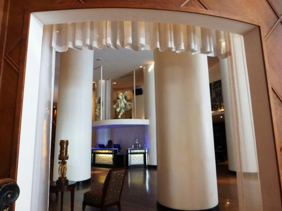 lobby picture of the saint hotel autograph collection new rh tripadvisor com