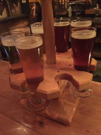 La Barberie : Beer flight. Affordable and great variety