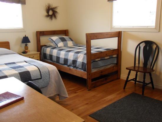 Punxsutawney, Pensilvanya: Cottage Guest Room 2