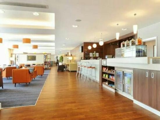 Hampton by Hilton Exeter Airport