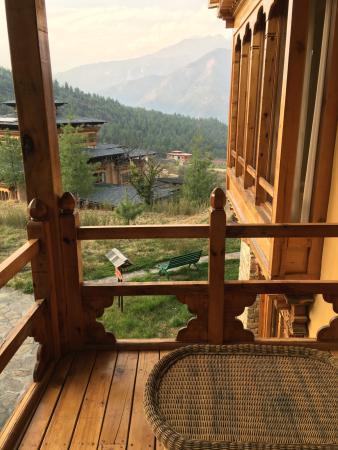 Breathtaking setting, outstanding hotel