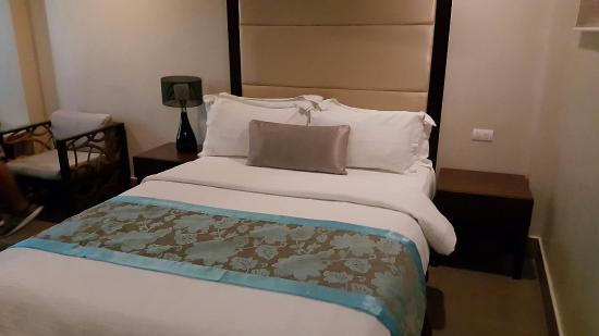 Goldberry Suites & Hotel: 20160412_155355_large.jpg