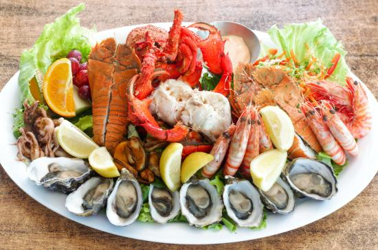 Maisie's Seafood and Steakhouse: Christmas Takeaway Platter