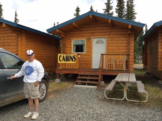 Tok, AK: Single log cabin unit