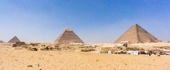 Ramasside Tours: Three pyramids aligned