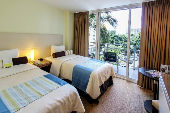 The New Otani Kaimana Beach Hotel: Moderate Room