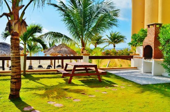 Hotel Arrecifes Suites: BarbequeGrill