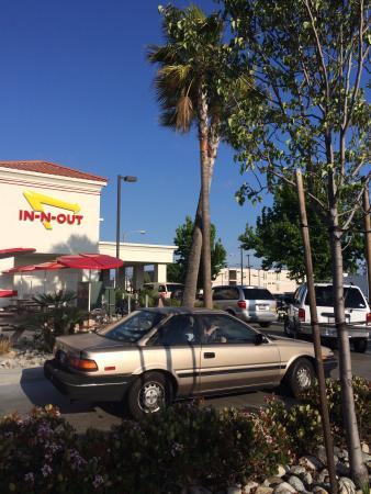 Toyota Drive Thru >> Drive Thru Picture Of In N Out Burger Torrance Tripadvisor