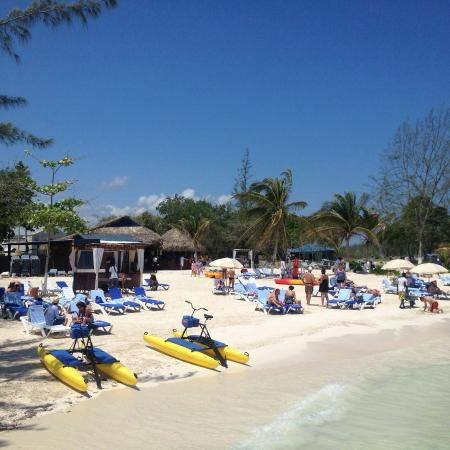 Blue Waters Beach Club Travel Guide