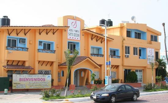 Hotel y Suites Santa Cecilia: Fachada Hotel