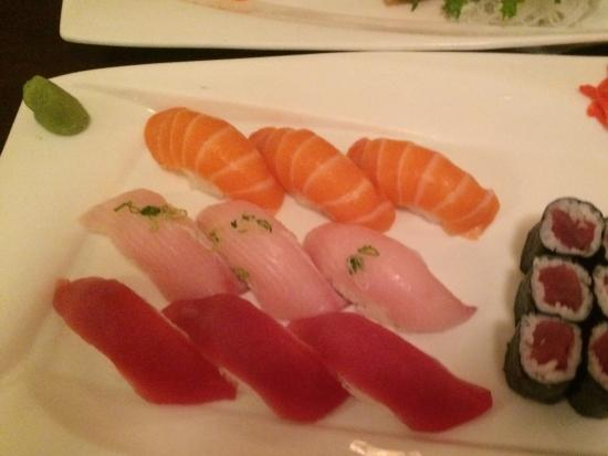 Newport Tokyo House: Tri-sushi plate