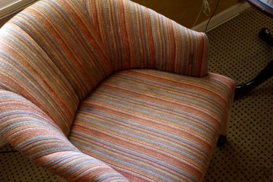 Carmel Wayfarer Inn : Very strategic stain gives me the willies...I sat on a sheet...