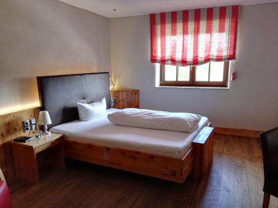 Landhotel Rossle: IMG_20160413_114938_large.jpg
