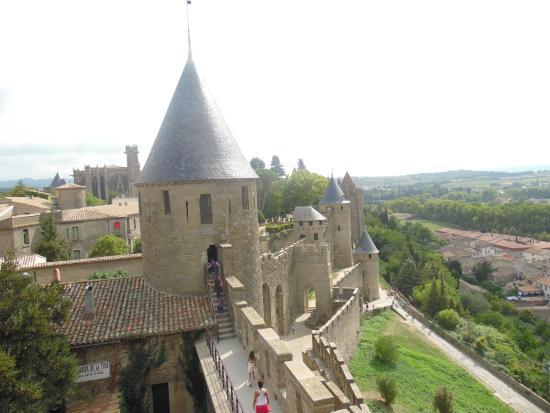 carcassonne picture of chateau et remparts de la cite de carcassonne carcassonne tripadvisor. Black Bedroom Furniture Sets. Home Design Ideas
