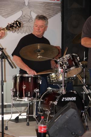 Laidley, Austrália: This man sure keeps a great beat!