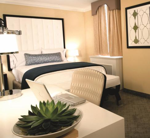 Warwick Allerton-Chicago: Guest Room