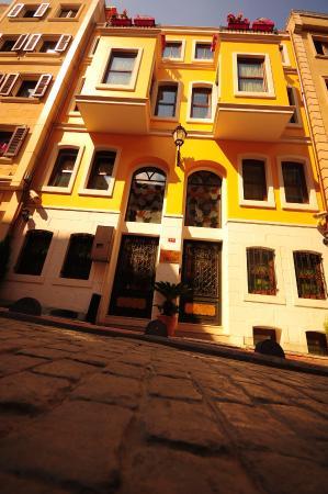 ottopera Hotel : building