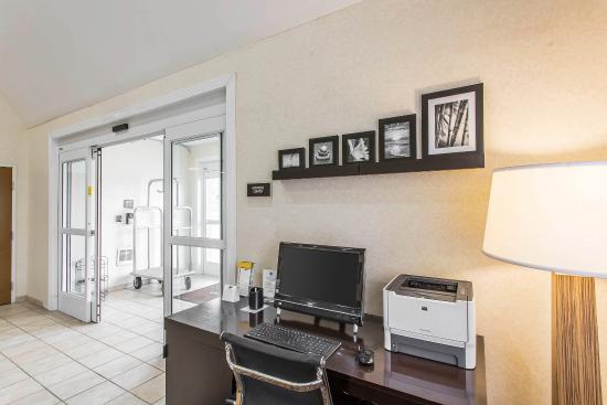 Sleep Inn & Suites Smyrna: Business center