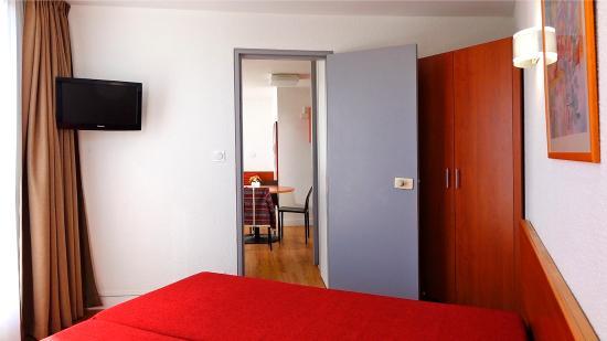 Resideal Antibes : Exemple de chambre dans un 2 pièces