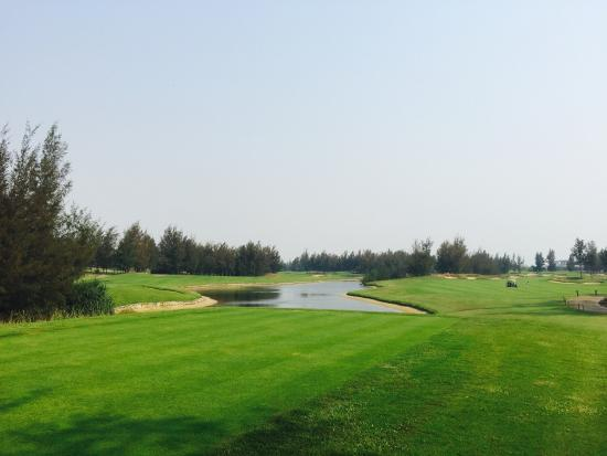 Montgomerie Links: photo3.jpg