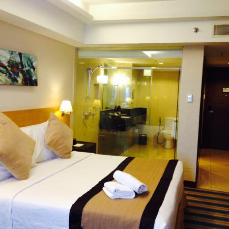 Luxent Hotel: Spacious Rooms..
