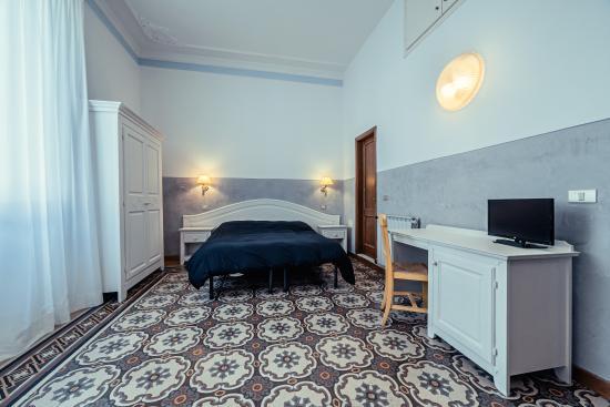 Hotel Duca D'Aosta: bedroom