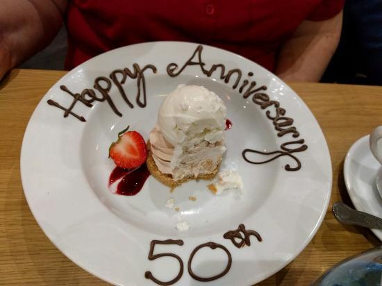 Stranraer, UK: Lovely surprise on my mum's dessert plate! Lovely touch!