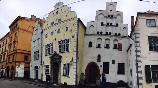 E.A.T. Riga Tours: The oldest buildings in Riga