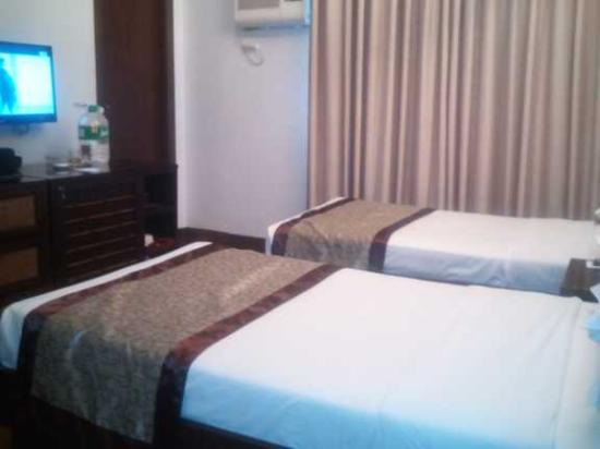 room in lotus garden manila picture of manila lotus hotel rh tripadvisor co za