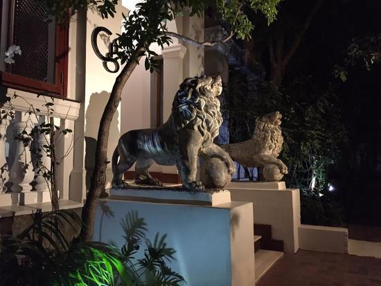 ذا جلين بوتيك هوتل: Entrance