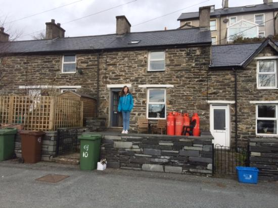 Tanygrisiau, UK: The front of the cottage