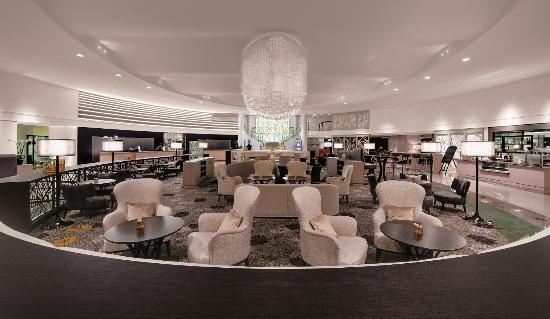 Hilton Park München: Let us welcome you to our Lobby