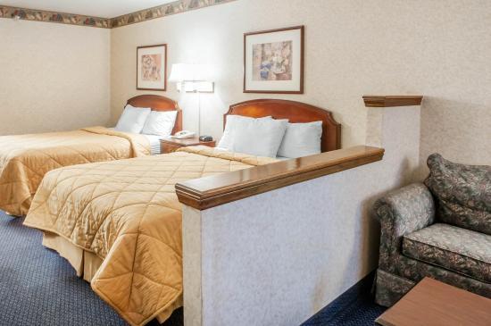 Rodeway Inn: Queen suite