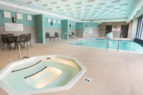 Drury Inn & Suites Houston The Woodlands: Indoor/Outdoor Pool