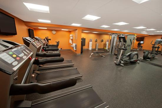 Suffern, نيويورك: Gym