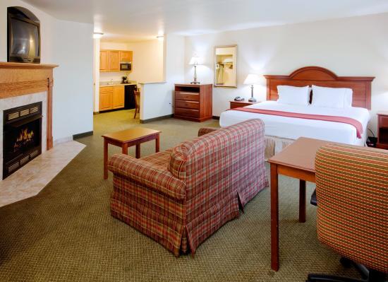 Rocky Mount, VA: Suite
